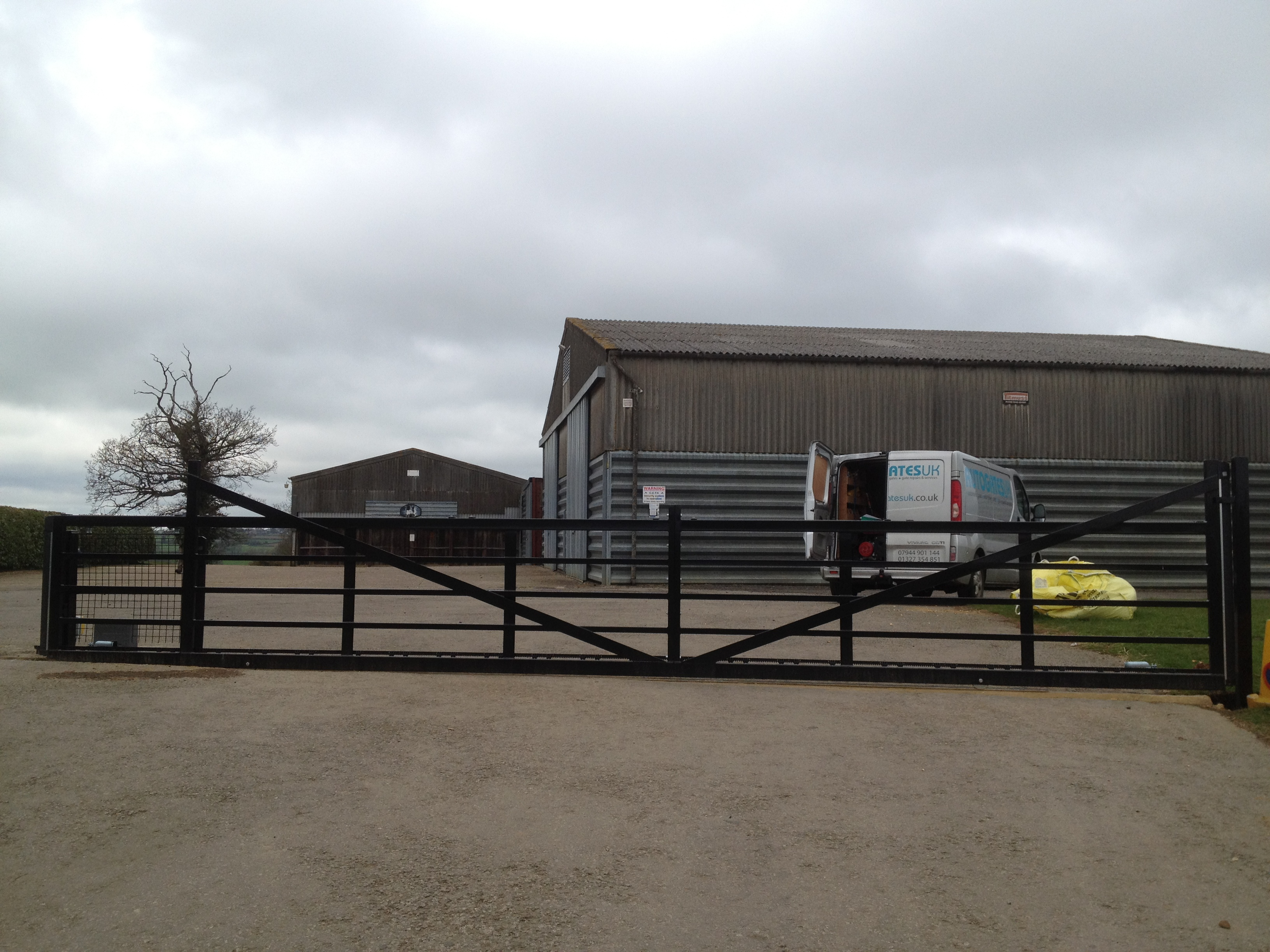 7m 5 bar farm style sliding gate